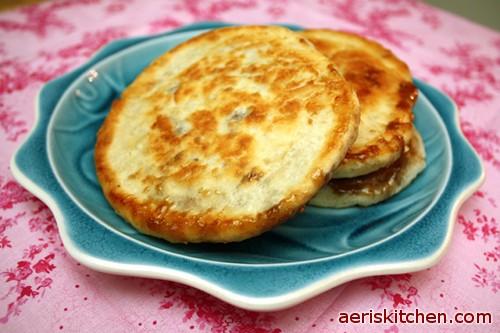 Brown Sugar and Cinnamon HoTteok – Aeri's Kitchen Hoddeok Recipe