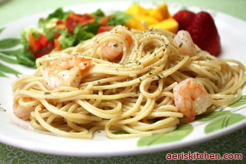 Shrimp garlic spaghetti aeris kitchen shrimp garlic spaghetti forumfinder Images