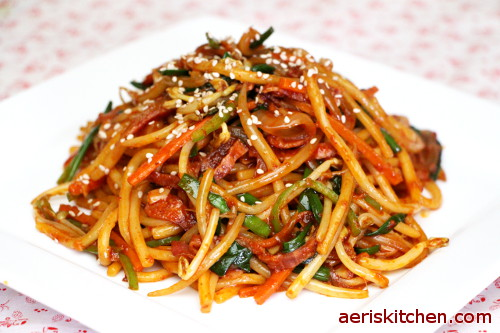 Spicy Udon Noodle BokkEum – Aeri's Kitchen